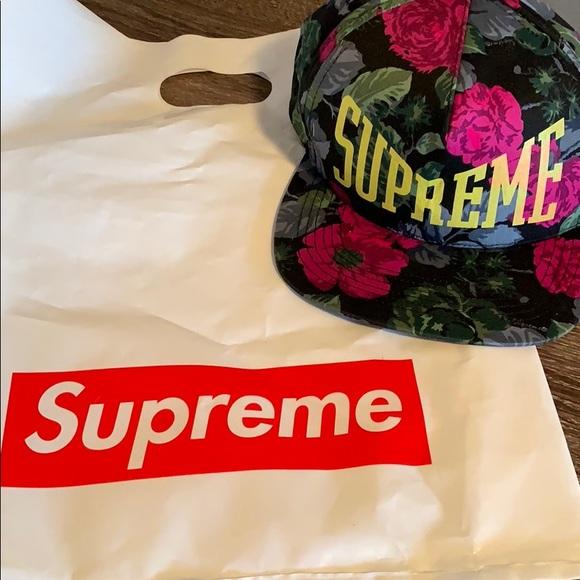 Supreme SS18 Rose Floral Hat 6 Panel Snap Back e1047b9c497